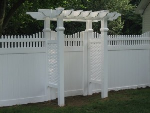 suffolk-fence-arbors-pergolas-06